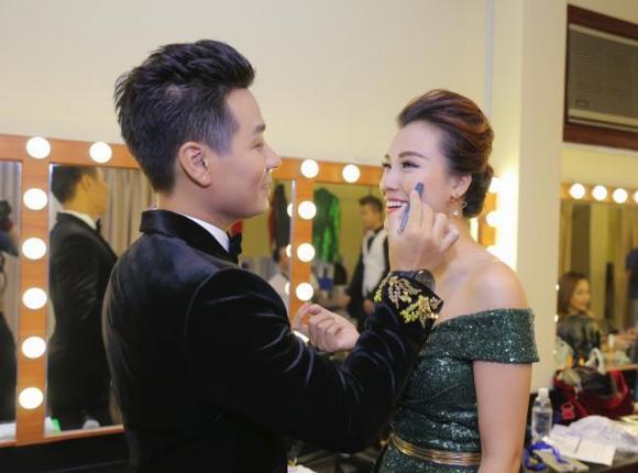 Hoàng Oanh, đám cưới Hoàng Oanh, MC Nguyên Khang