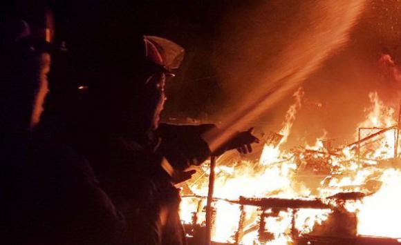 Cháy tiệm tạp hóa, hỏa hoạn, cháy nhà 3 người chết