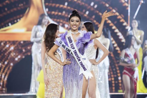 Hoa hậu Hoàn vũ Việt Nam 2019, sao Việt, hhhv viet nam