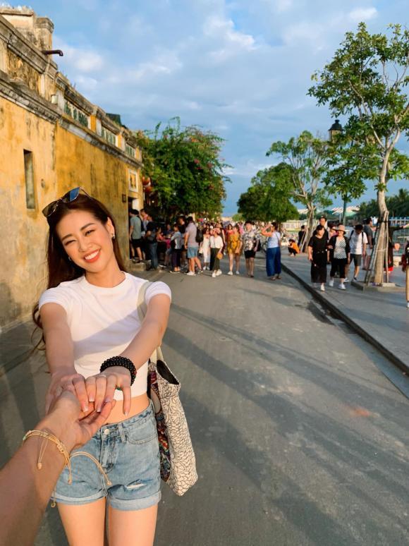 Nguyễn Trần Khánh Vân,tân Hoa hậu Hoàn vũ Việt Nam 2019,sao Việt