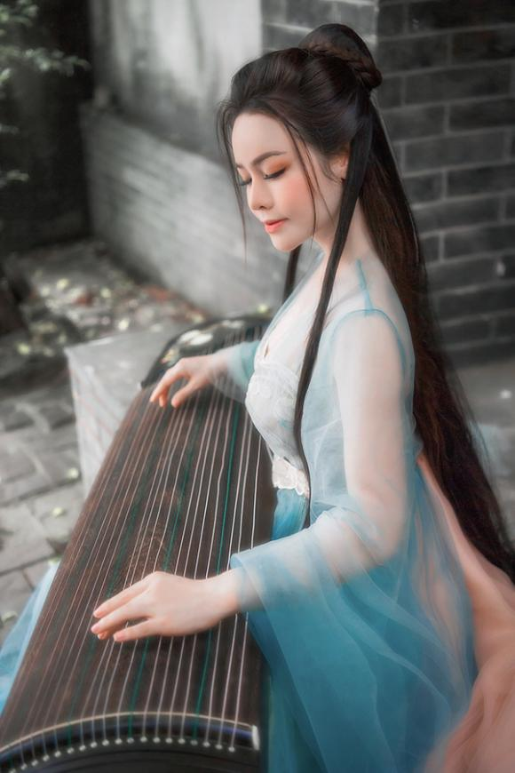 Nhật Kim Anh, sao Việt