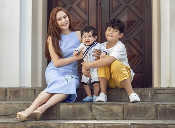 diễn viên Thanh Thuý, đạo diễn Đức Thịnh, sao Việt