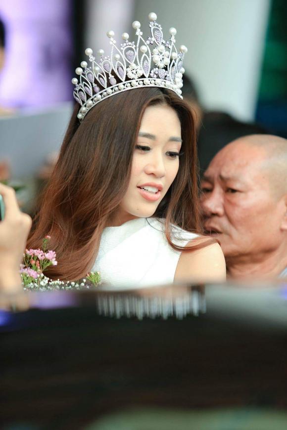 hoa hậu Khánh Vân, á hậu Kim Duyên, á hậu Thuý Vân, sao Việt