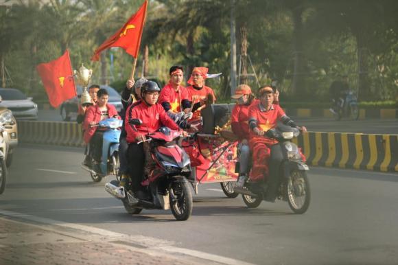 bóng đá nữ, U22 Việt Nam, sân bay Nội Bài