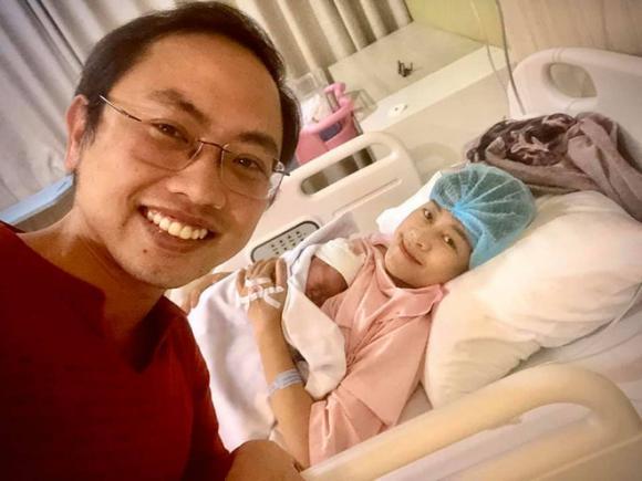 MC Phí Linh, MC Phí Linh sinh con, chồng MC Phí Linh, sao Việt