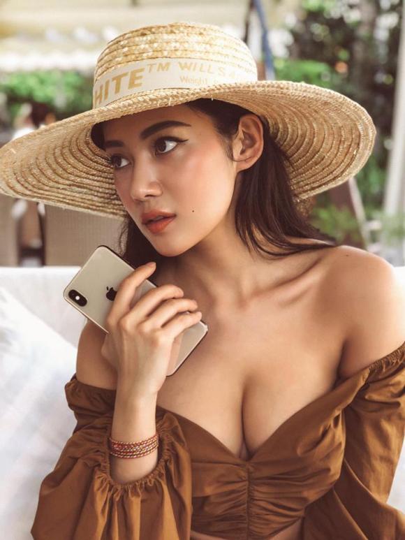cổ động viên, U22 Việt Nam, hot girl