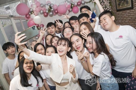 ca sĩ Sĩ Thanh, diễn viên Huỳnh Phương, sao Việt