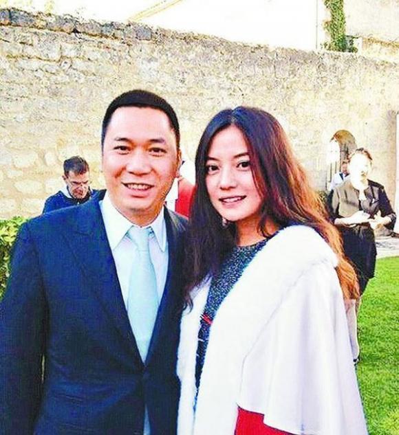 Triệu Vy, Huỳnh Hữu Long, sao Hoa ngữ
