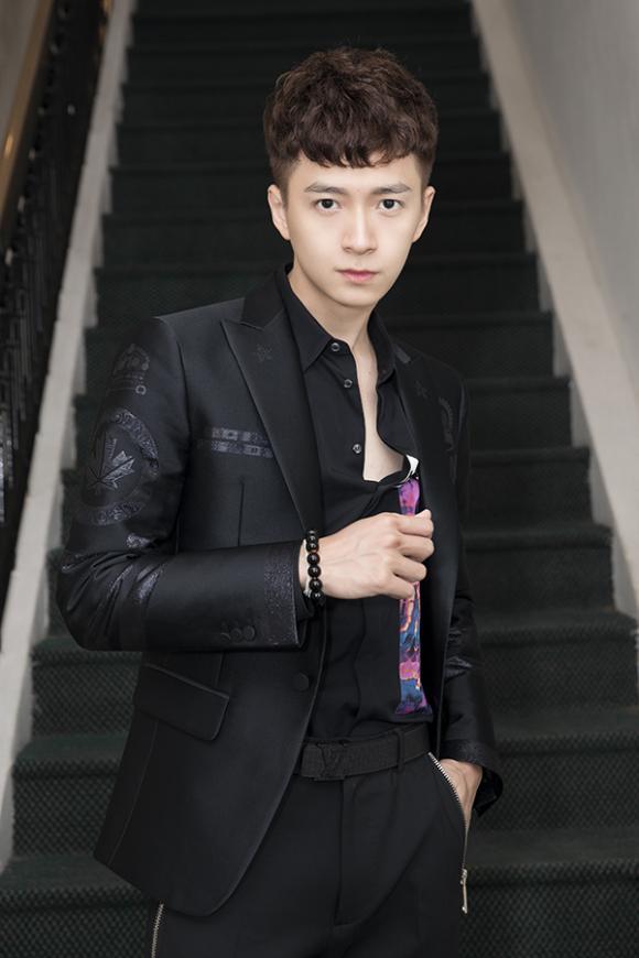 ca sĩ Ngô Kiến Huy, diễn viên Sam