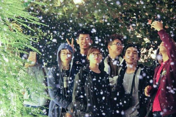 Đại học Thăng Long, Giáng sinh, Noel, Tuyết rơi đêm Giáng sinh ở Hà Nội