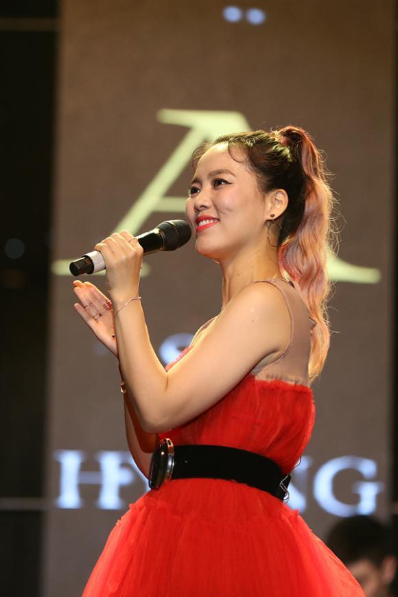 nữ ca sĩ hồ ngọc hà,ca sĩ Hồ Ngọc Hà, ca sĩ Khánh Hà, ca sĩ Hà Trần, ca sĩ Hari Won, MC Trấn Thành, sao Việt