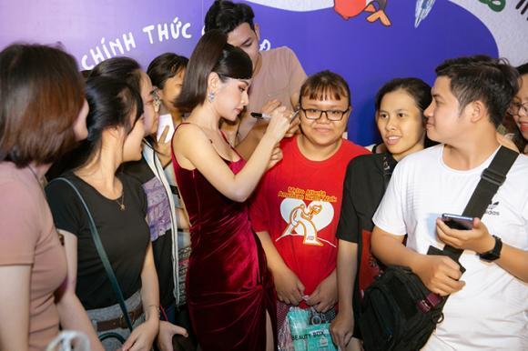 ca sĩ Chi Pu, ca sĩ Jun Phạm, sao Việt