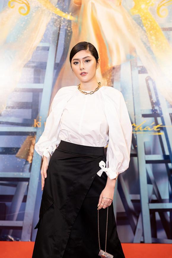 danh hài Hoài Linh, ca sĩ Lệ Quyên, MC Trấn Thành, danh ca Tuấn Ngọc, sao Việt