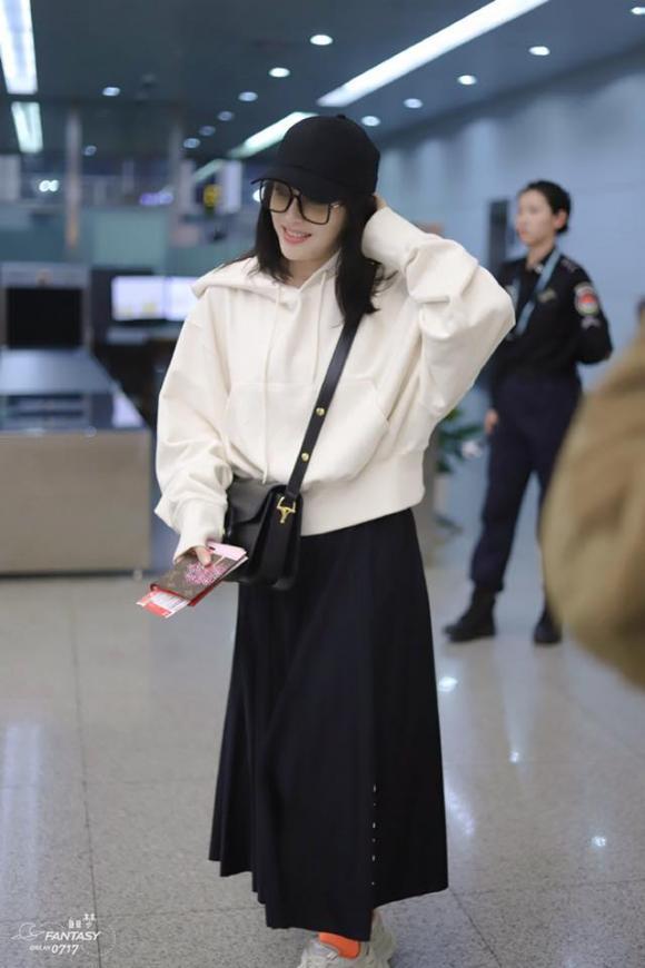 tần lam, thời trang sân bay, dìm dáng, sao hoa ngữ