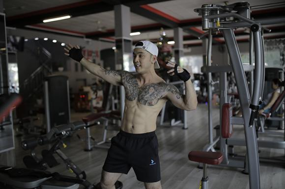 Ca sĩ Ưng Hoàng Phúc, sao Việt