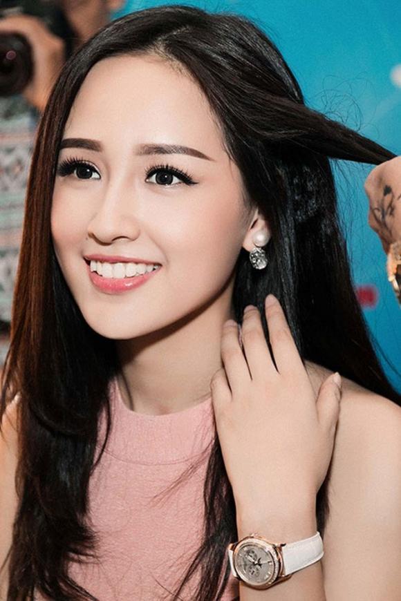 Hoa hậu Mai Phương Thuý, Mai Phương Thúy, sao Việt