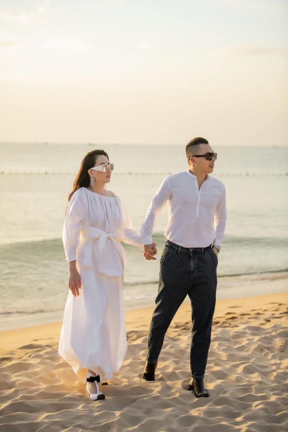 Diễn viên Quách Ngọc Ngoan,Doanh nhân phượng chanel,ông trùm chân dài vũ khắc tiệp, sao Việt