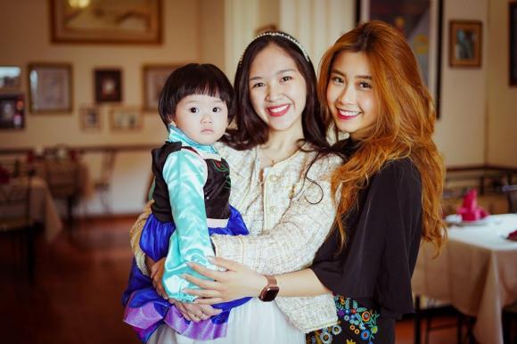 Hà Anh, Quang Anh, diễn viên bánh đúc có xương
