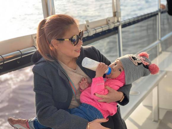Ca sĩ Thanh Thảo bị chồng giận vì thiếu kiễn nhẫn trong việc chờ con khỏi bệnh