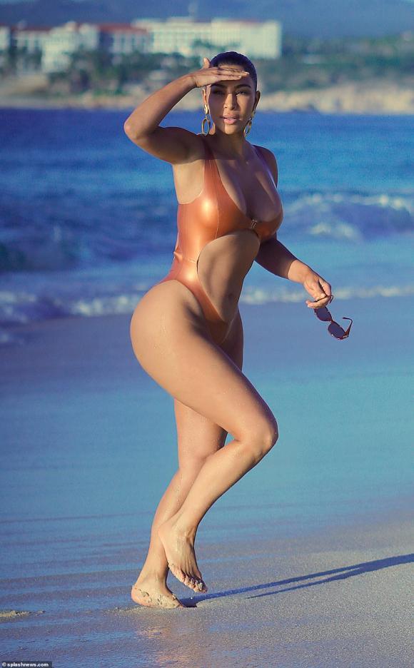 kim kardashian, kim siêu vòng 3, sao hollywood