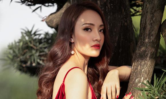 ca sĩ Nhật Thuỷ, Gương mặt thân quen 2019, sao Việt