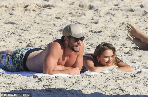 Miley Cyrus, Liam Hemsworth, sao Hollywood