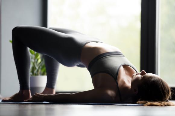 yoga, giảm đau lưng,