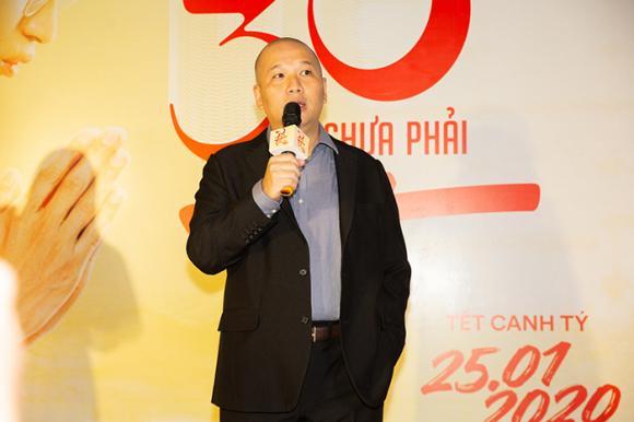 diễn viên Nhã Phương, danh hài Trường Giang, diễn viên Diễm My 9X, sao Việt