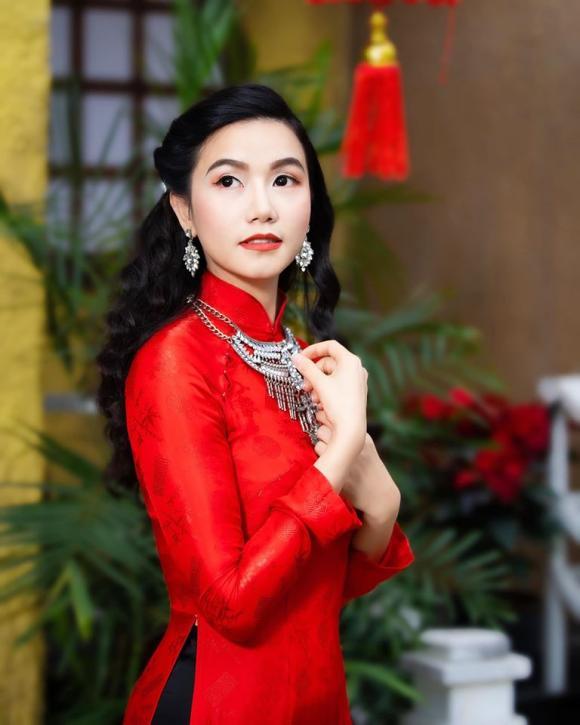 Lương Giang, Hoa hồng trên ngực trái, sao Việt