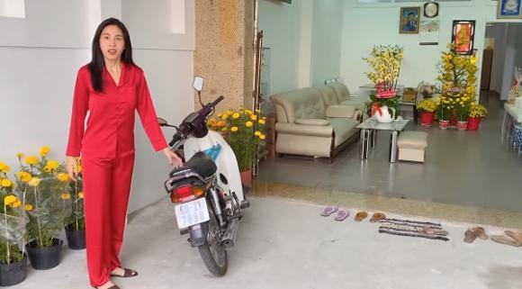 Thuỷ Tiên, Nhà sao việt, Nhà thủy tiên mua tặng mẹ