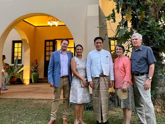 chồng cũ Hồng Nhung, Kevin Gilmore, Thiri Thant Mon