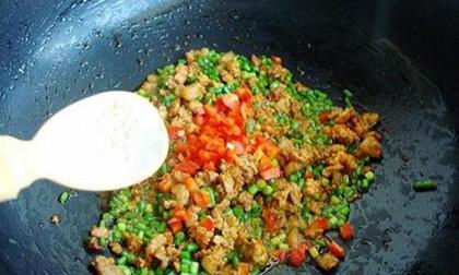 dạy nấu ăn, món hầm, món kho, nhục đậu khấu, thảo quả