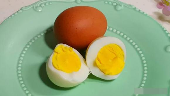 mẹo hay, luộc trứng, dạy nấu ăn