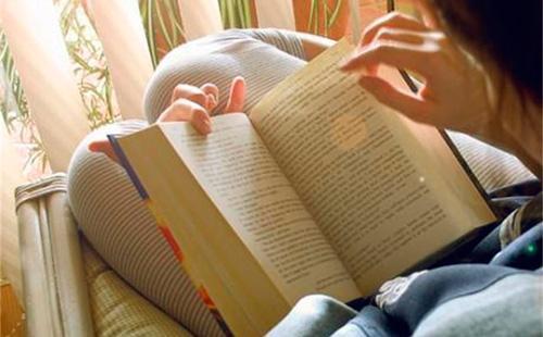 ung thư, điện thoại, đọc sách, nước hoa, ung thư tuyến giáp