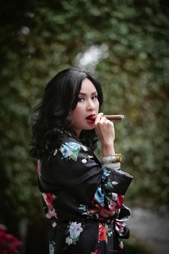 sao việt, sao việt hút thuốc, mỹ nhân việt hút thuốc lá