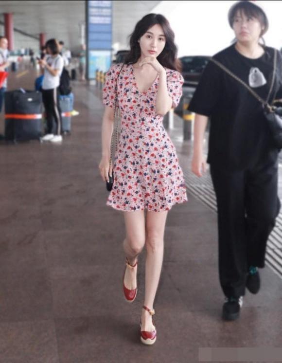 chọn giày, váy hoa, thời trang hè, thời trang, mẹo mặc đẹp