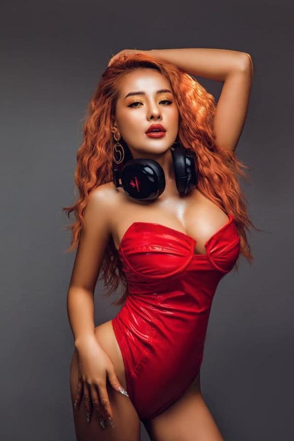 hotgirl Ngân 98, sao Việt