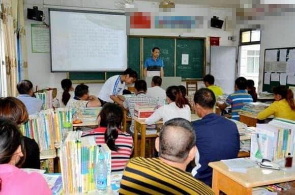 dạy trẻ, cách giáo dục trẻ, con điểm số thấp