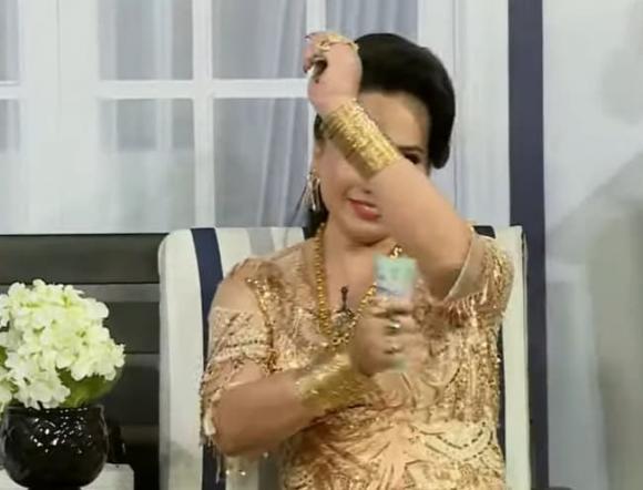 Cô Minh Hiếu có 10 đời chồng, 7 miếng đất, 100 cây vàng là ai?