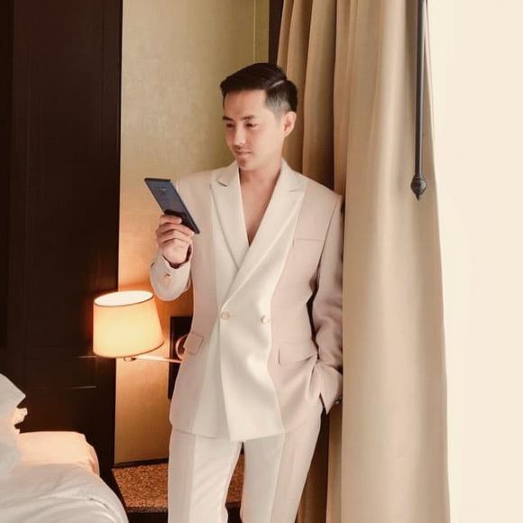 ca sĩ ông cao thắng, chồng Lan Khuê, ca sĩ Đông Nhi, siêu mẫu Lan Khuê, sao Việt