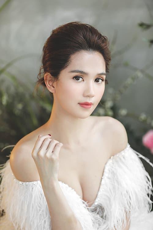 Ngọc Trinh, Nữ hoàng nội y, sao Việt