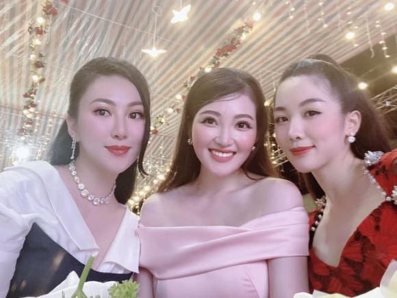 cô dâu đeo vàng trĩu cổ ở Nam Định, cô dâu đeo vàng trĩu cổ ở Nam Định sinh con, giới trẻ