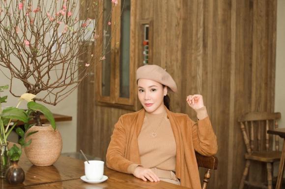 Ca sĩ hồ quỳnh hương, sao Việt