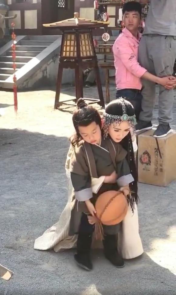 Dương Mịch, Cửu Châu Hộc Châu phu nhân, sao Hoa ngữ