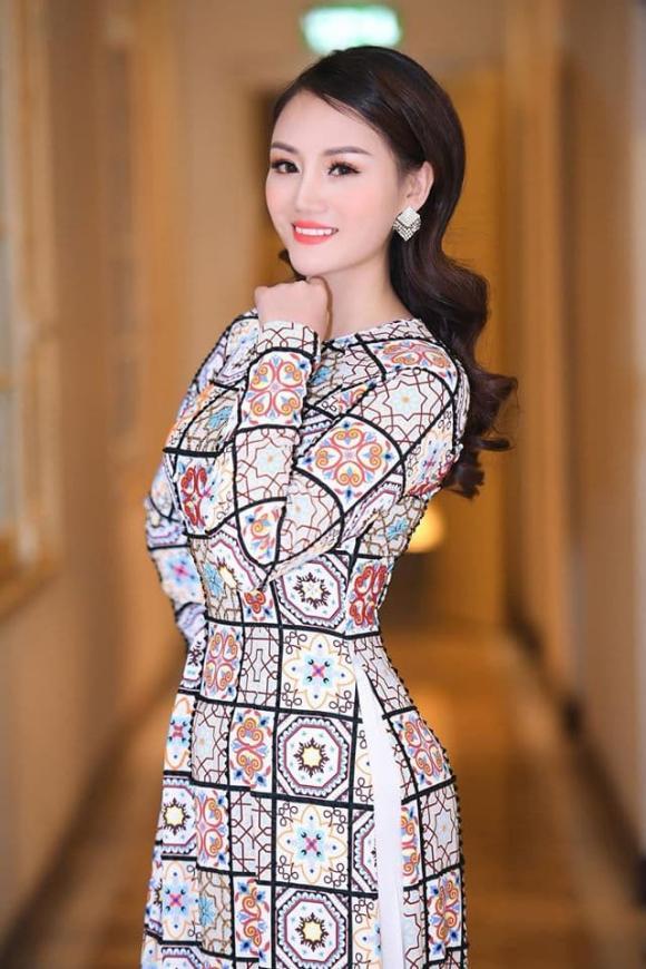 diễn viên Phùng Cường, ca sĩ Phương Thúy, ngoại tình