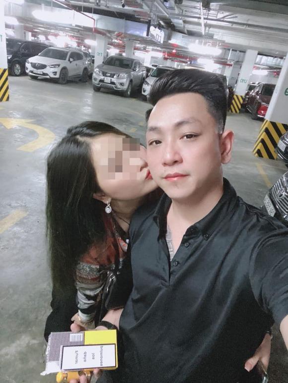 diễn viên Phùng Cường, Phùng Cường, ngoại tình