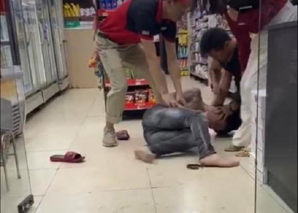 sàm sỡ, đánh nhau, thanh niên,  cửa hàng tiện lợi, Hoàn Kiếm, Hà Nội