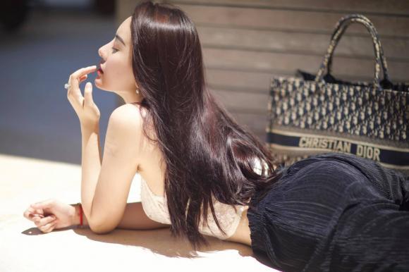 Hà Lade, hot girl Hà Lade, hot girl