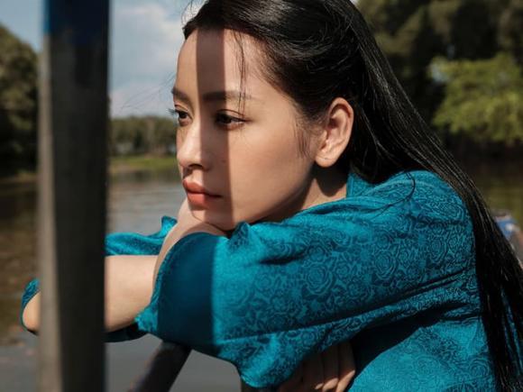 Ngọc Trinh tái xuất với vai diễn mới, chỉ một cảnh nóng đã được đẩy thuyền cùng Chi Pu