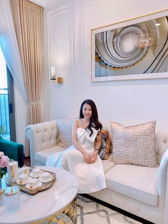 Hồng Loan, nhà mới Hồng Loan, Tình khúc bạch dương